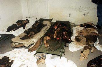 Podobným způsobem zahynuly raketami a bombami NATO v Jugoslávii dvě tisícovky civilních obětí.